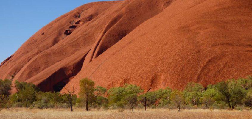 Ayers Rock erklimmen vs. Uluru kennenlernen